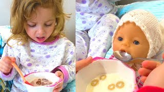 Лиза и кукла Беби Бон не хотят ПРОСЫПАТЬСЯ и кушать - Ева не знает, что делать. Играем c Baby Born