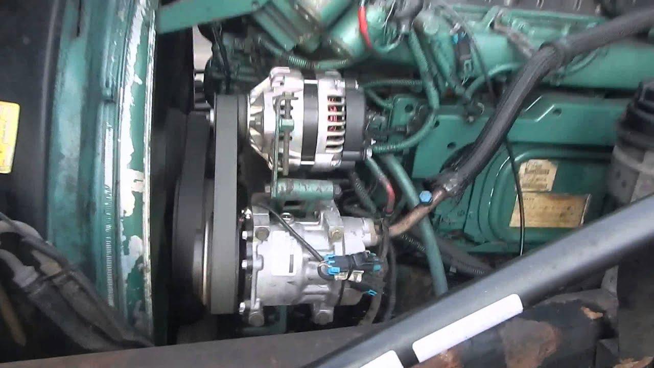 2002 Volvo VNL64T Semi 10733  YouTube