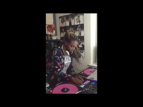 Kid DJ KILLS the set!!!!!!