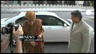 Kaddafi'nin etrafındaki çember daralıyor