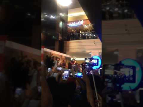Shahrukh for raees in arabian centre