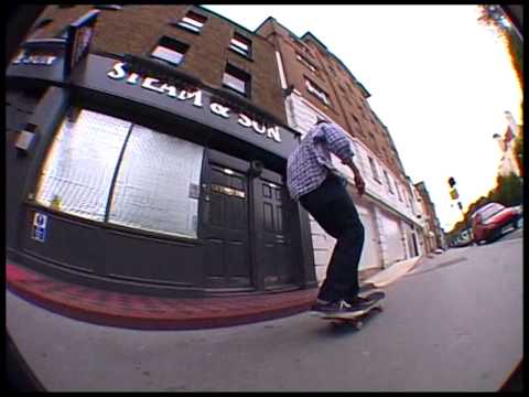 Hold Tight London Vol 12 / The Remix Video +  Bonus [DVDRip]