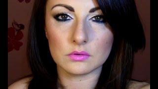 HOT PINK LIPS!! & blue pop eyes Thumbnail