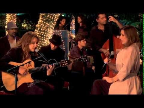 Ana Carolina - Ruas de Outono ft. Zizi Possi