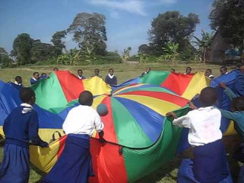 Parachute games - Gap Year & Volunteer Projects in Tanzania with Africa & Asia Venture