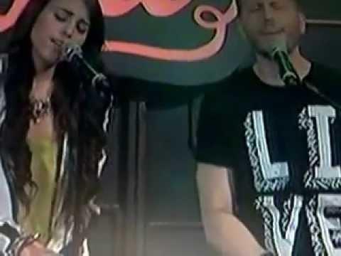 Noel Schajris ft Danna Paola cantando en vivo