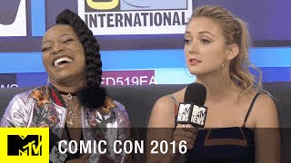 Did Billie Lourd Give a 'Star Wars' Spoiler? | Comic Con 2016 | MTV