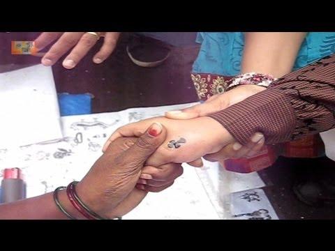 Tattoo @ road side stall : Mount Mary Fair, Bandra, Mumbai