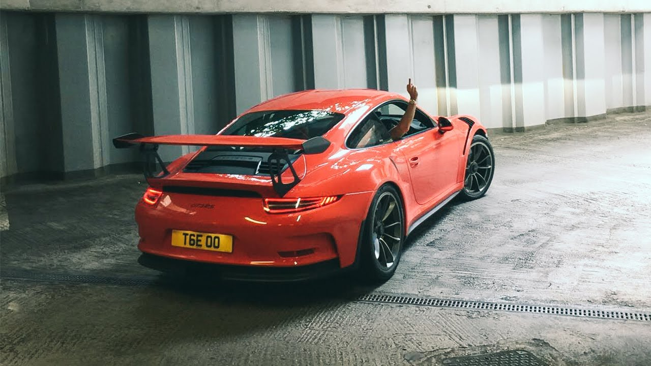 Is the Porsche 911 GT3RS USELESS around town?