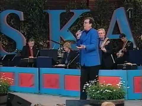 Lasse Berghagen - Stockholm I Mitt Hjärta Och Inte Bara Drömmar (Allsång På Skansen)