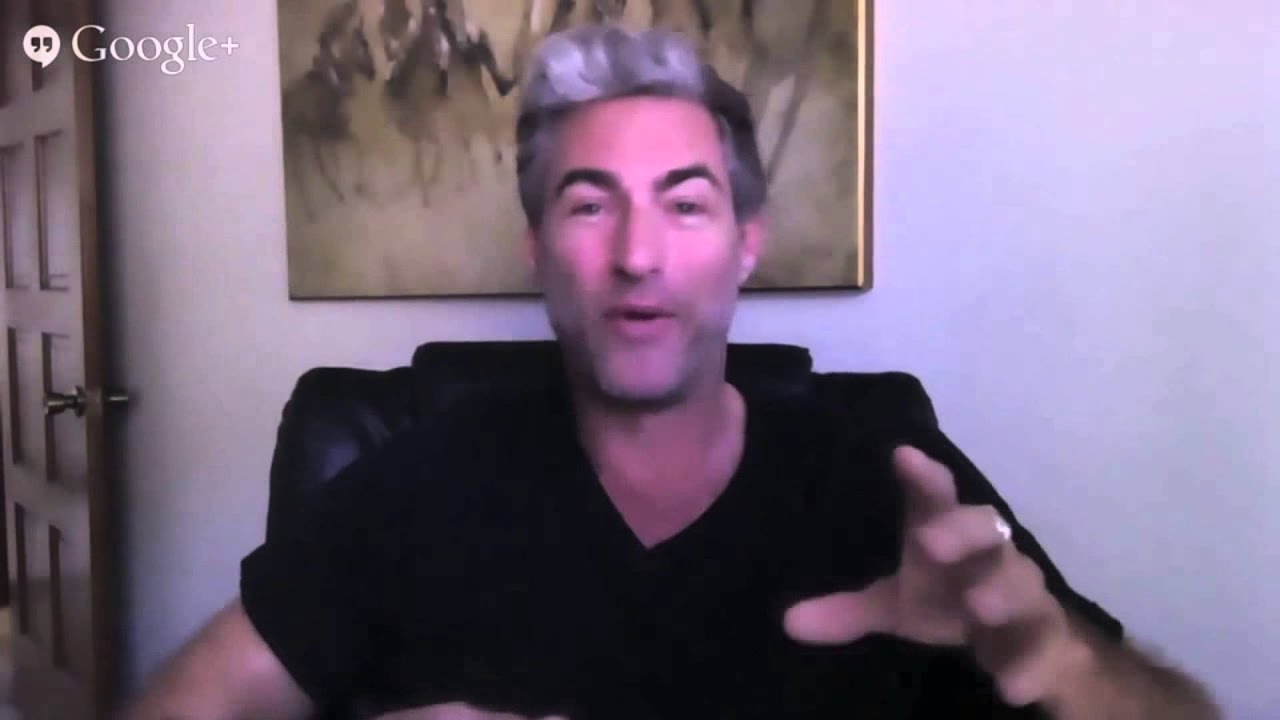 Brent Smith Explains His Text Game Strategy - YouTube