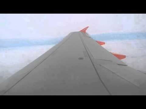 Landing a London-Gatwick Airbus A319 Easyjet