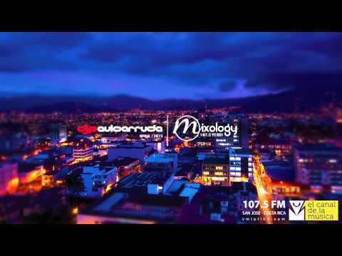 Paulo Arruda at Mixology 107.5 FM San Jose, Costa Rica