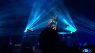 """Chelsea Cutler performing """"water on the bridge"""" live @ The Fillmore in San Francisco Part 2"""