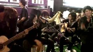 Jangan Kembali by JellyFish band Indonesia.avi