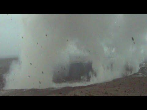 Kilauea explosive eruption (17 May 2018)