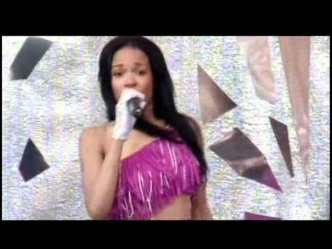 Destiny's Child - Bootylicious - (Party In The Park 2001)
