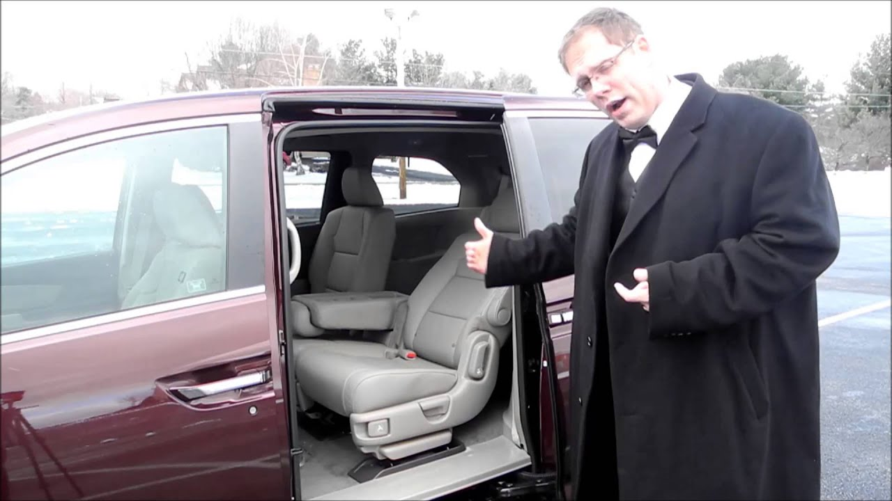 Removing the center row seats on a Honda Odyssey