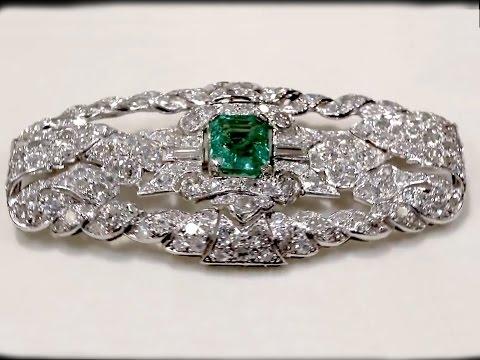 1.98 ct Emerald and 5.22 ct Diamond, Platinum Art Deco Brooch- Antique Circa 1930 - AC Silver A1320