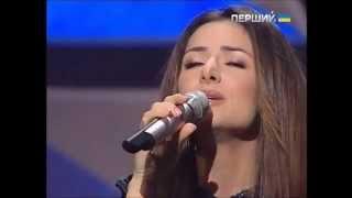 Zlata Ognevich - Sings The Ukraine National Anthem 31/12/14