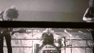 "LEOGUN - ""Piggy In The Middle"" Video"
