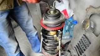 Замена вкладыша, пружины, верхней опоры передней стойки ВАЗ 2110 без нарушения развала