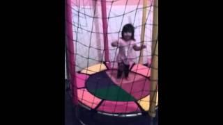 Baixar Lorena Sanches no pula pula. ..