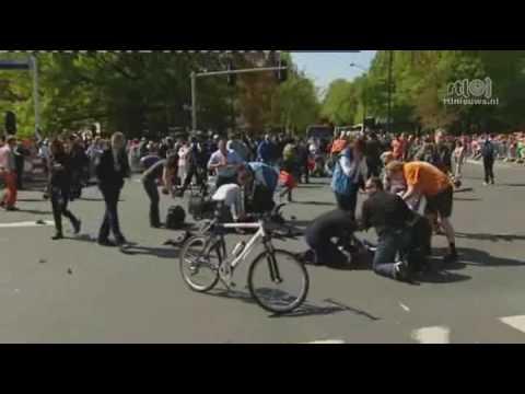 dutch queen parade crash