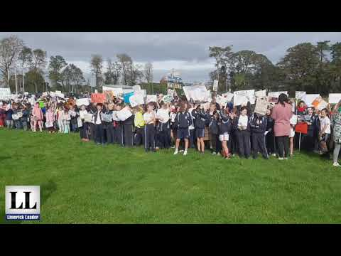 Hundreds of Limerick students protest against Irish Cement's plan to burn waste