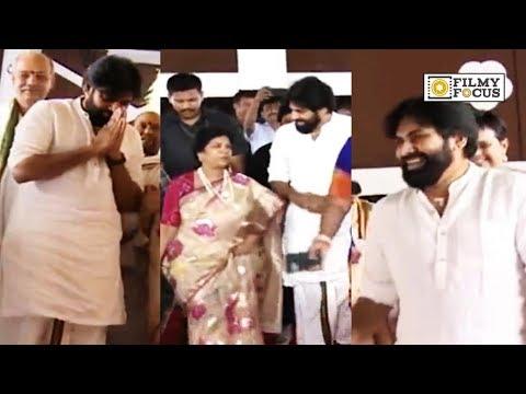 Pawan Kalyan and Chiranjeevi's Wife Surekha at CV Rao Daughter Marriage - Filmyfocus.com