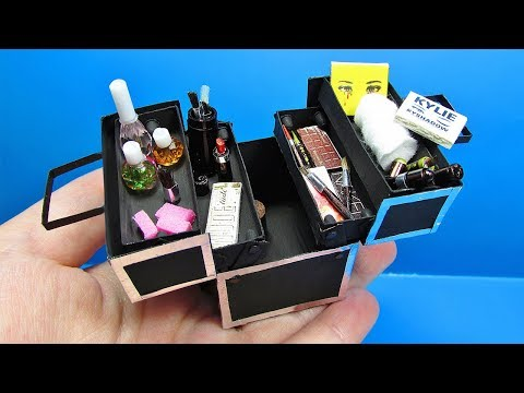 DIY Miniature Doll Makeup Train Case