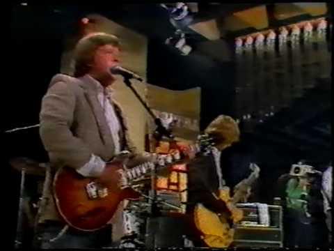 "Montreux Jazz Festival >> BILLY BREMNER & ROCKPILE ""Trouble Boys"" - YouTube"