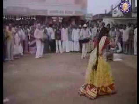 Rama Pani Bharne Jaoon To (Komal Mahuvakar & Alankar) - Payal Ki Jhankaar