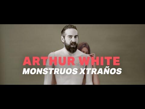 Arthur White - Monstruos Xtraños