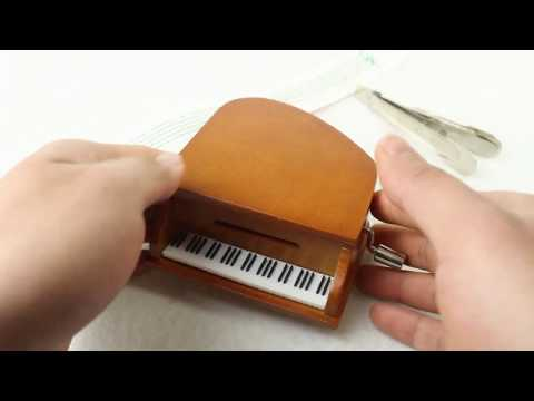 DIY hand-cranked paper with piano music box