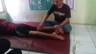 Syaraf kejepit 15 tahun sembuh dengan metode Endoscopy PELD. Bapak Eden Suhendar (49th) merasakan ny.
