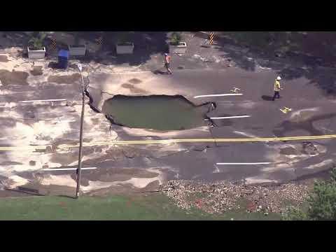 Big Mike - Huge Hole on Lindell Blvd!