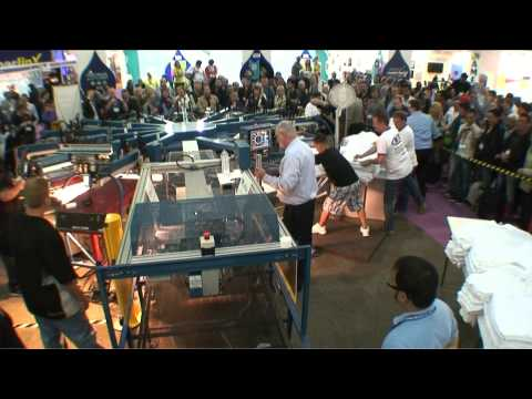 T-shirt screen printing record shattered by M&R Challenger III D J4 automatic screen printing press