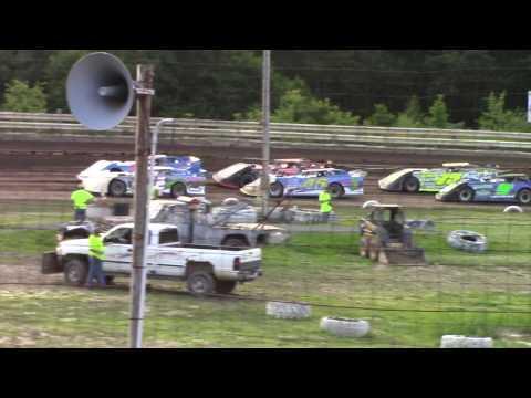 Hummingbird Speedway (7-13-19): Swanson Heavy Duty Truck Repair Semi-Late Model Heat Race #1