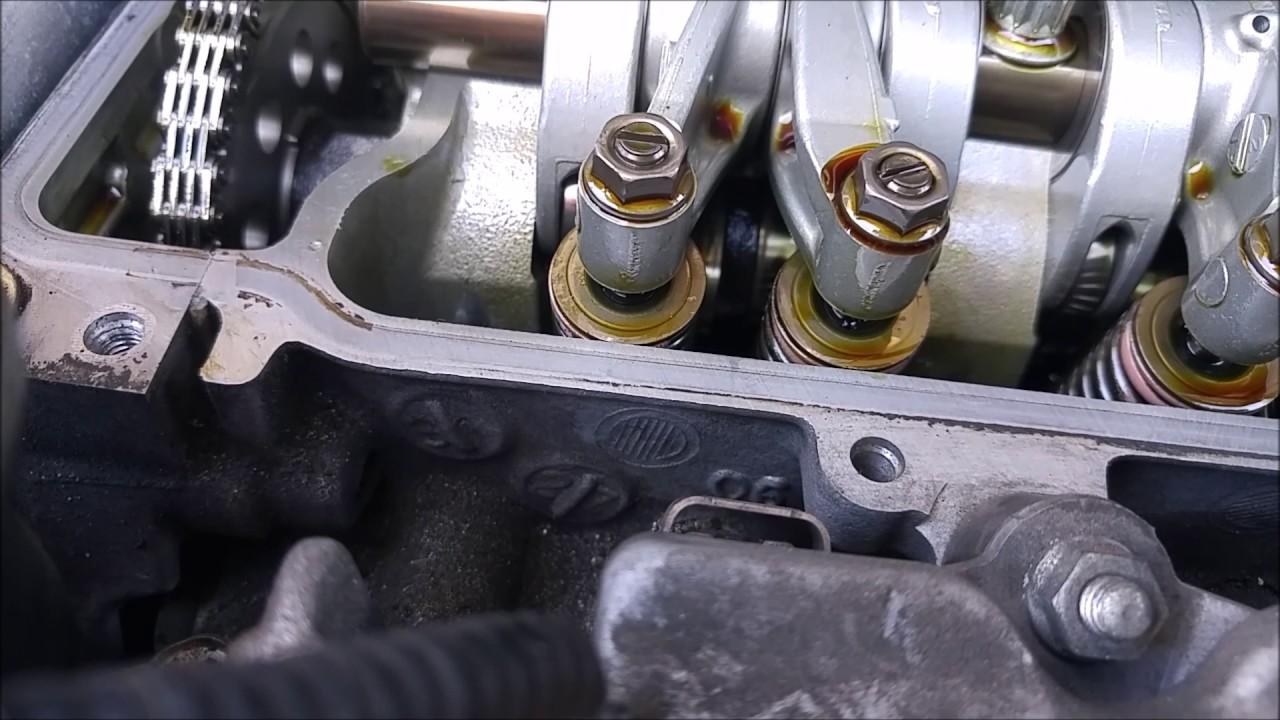 07-08 Honda Fit Valve Adjustt DIY - YouTube