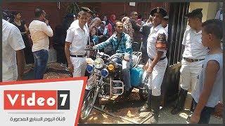 شاهد فرحة ذوى الاحتياجات الخاصة بعد تسلمهم الدراجات البخارية: