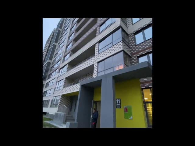 Смотреть видео Теплое остекление балкона