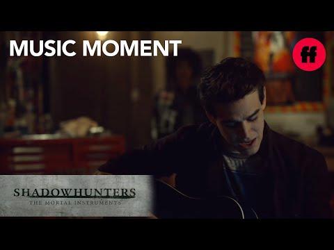 "Alberto Rosende - ""Royal Blue"" Music   Shadowhunters Season 2, Episode 17   Freeform"