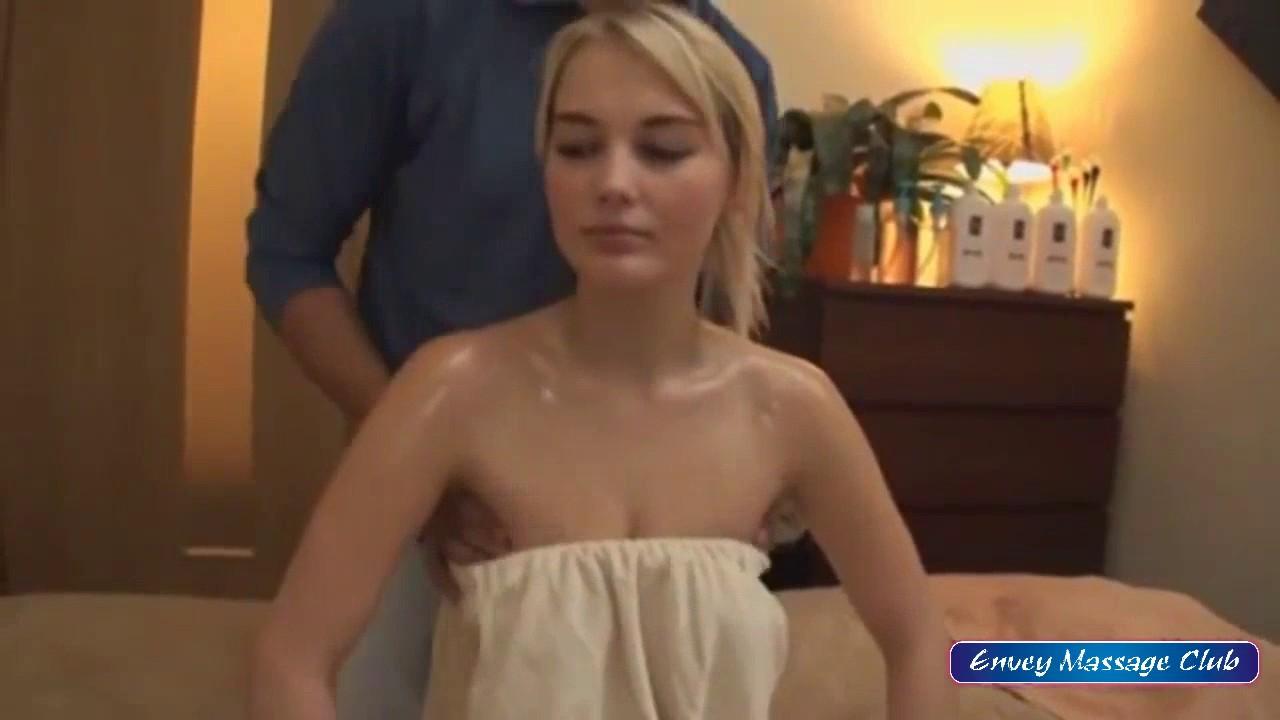 oily nuru massage nude in massage