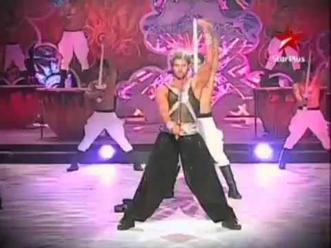 IIFA Awards 2010  'Hrithik Roshan Dance Performance' HQ2.flv