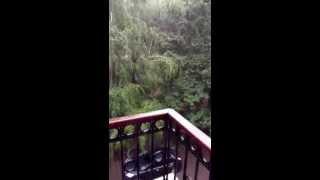 видео Крыша течет, зима приближается