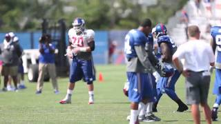 Giants end practice with lineman punt catching contest