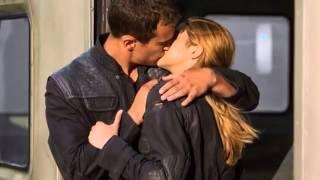 Insurgent Divergent 2 Book Trailer