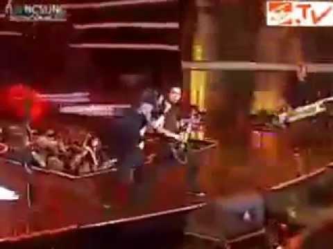 WINNER - PUSING @ Karnaval SCTV 2012