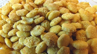 Betty's Parmesan-Ranch Oyster Crackers